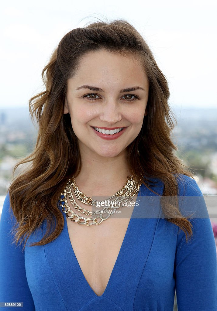 Actress Rachael Leigh Cook attends a luncheon for fashion designer Rachel Pally at the Chateau Marmont on April 9, 2009 in West Hollywood, California.
