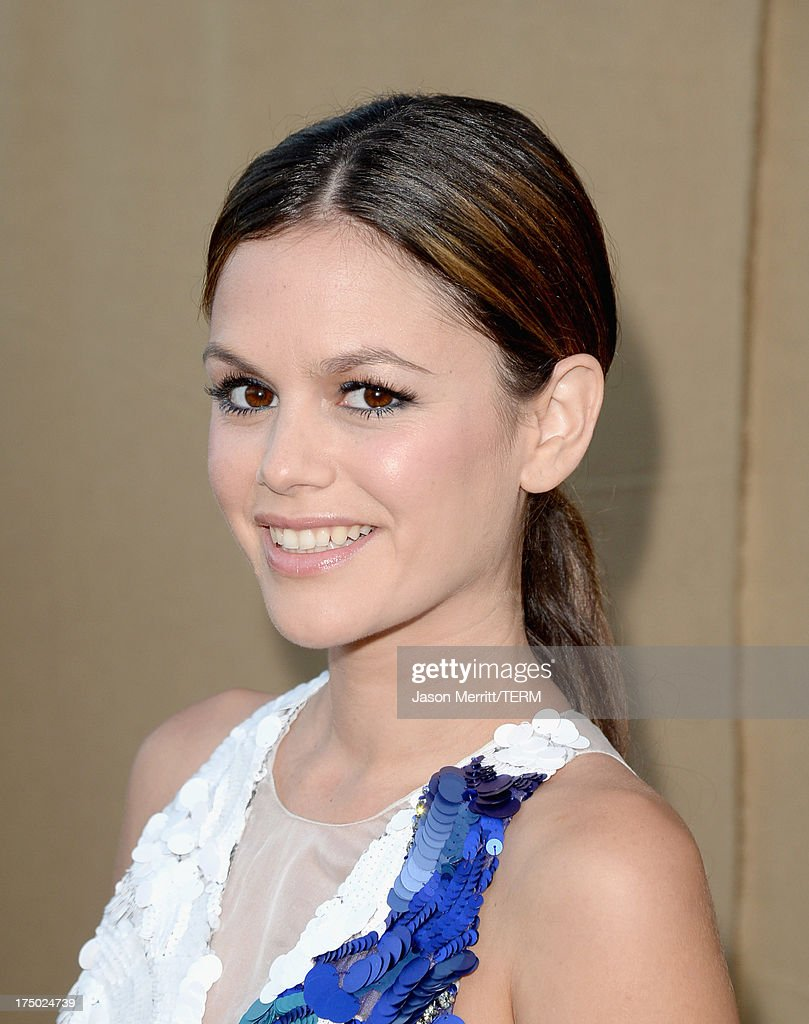 Actress Rachel Bilson arrives at the CW, CBS and Showtime 2013 summer TCA party on July 29, 2013 in Los Angeles, California.