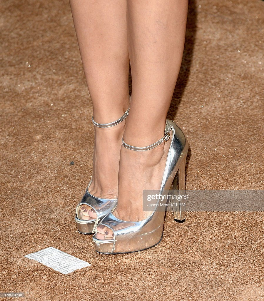 Actress Rachel Bilson (shoe detail) arrives at the CW, CBS and Showtime 2013 summer TCA party on July 29, 2013 in Los Angeles, California.