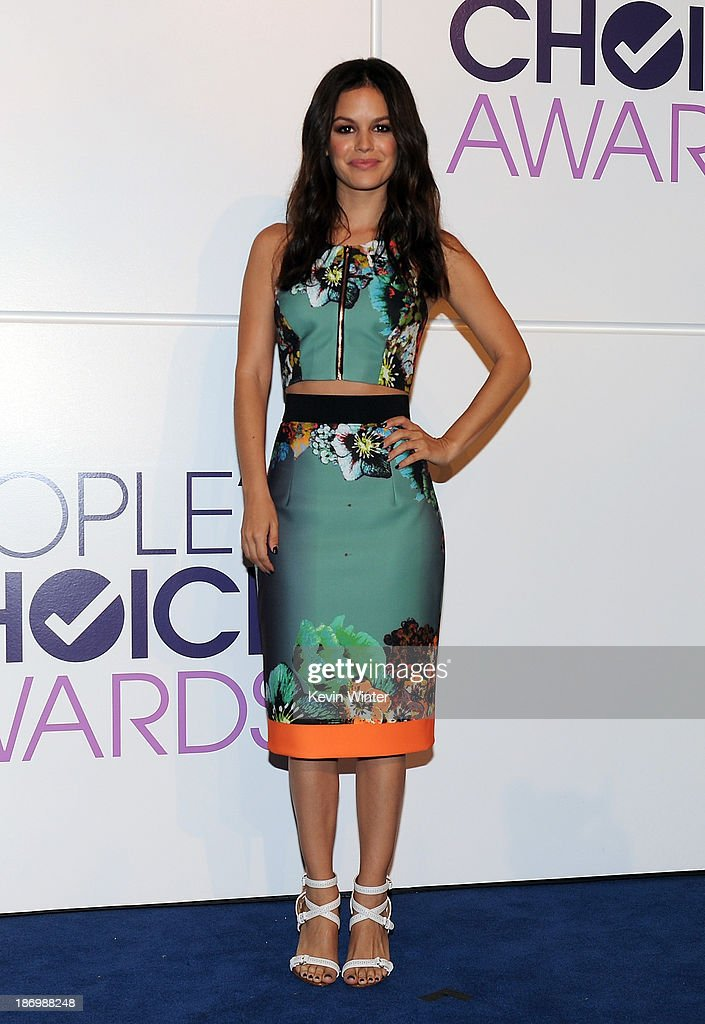 Actress Rachel Bilson attends People's Choice Awards 2014 Nominations Press Conference at The Paley Center for Media on November 5 2013 in Beverly...