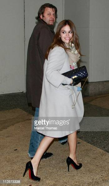Actress Rachel Bilson visits MTV's 'TRL' at MTV Studios on February 12 2008 in New York City