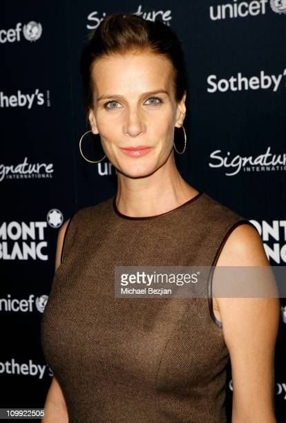 Actress Rachel Griffith arrives at the Charity Auction Gala to benefit UNICEF hosted by Montblanc at the Beverly Wilshire Four Seasons Hotel on...