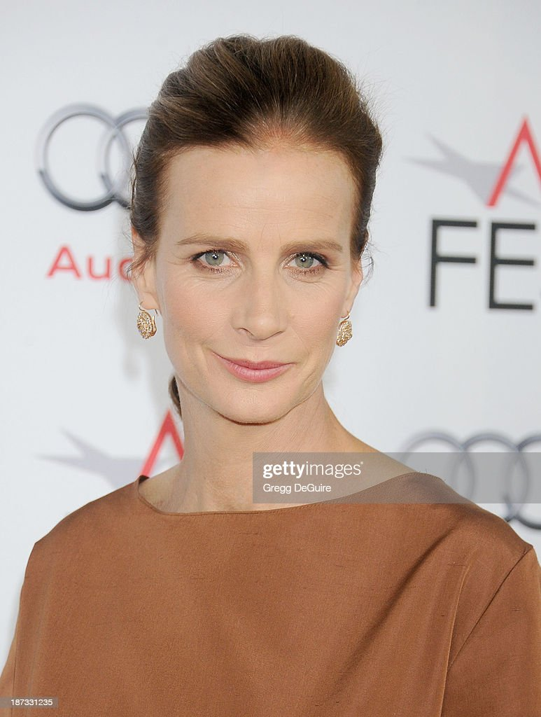 Actress <a gi-track='captionPersonalityLinkClicked' href=/galleries/search?phrase=Rachel+Griffiths&family=editorial&specificpeople=208839 ng-click='$event.stopPropagation()'>Rachel Griffiths</a> arrives at AFI FEST 2013 Opening Night Gala premiere of 'Saving Mr. Banks' at TCL Chinese Theatre on November 7, 2013 in Hollywood, California.