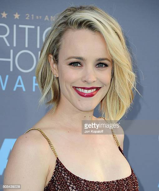 Actress Rachel McAdams arrives at The 21st Annual Critics' Choice Awards at Barker Hangar on January 17 2016 in Santa Monica California