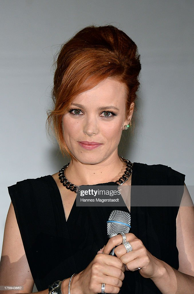 Actress <a gi-track='captionPersonalityLinkClicked' href=/galleries/search?phrase=Rachel+McAdams&family=editorial&specificpeople=212942 ng-click='$event.stopPropagation()'>Rachel McAdams</a> attend the Universal Open Air Film Lounge with the special screening of 'Alles eine Frage der Zeit' at the Kino am Olympiasee on August 10, 2013 in Munich, Germany.