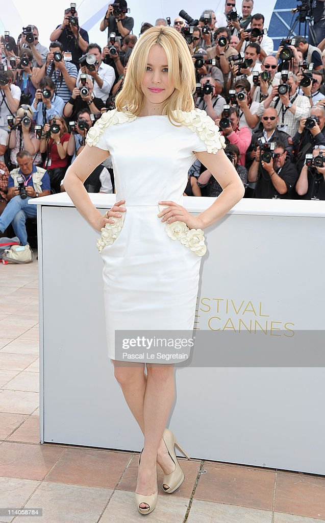Actress Rachel McAdams attends the 'Midnight In Paris' photocall at the Palais des Festivals during the 64th Cannes Film Festival on May 11, 2011 in Cannes, France.