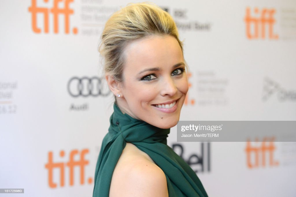 Actress <a gi-track='captionPersonalityLinkClicked' href=/galleries/search?phrase=Rachel+McAdams&family=editorial&specificpeople=212942 ng-click='$event.stopPropagation()'>Rachel McAdams</a> attends 'To The Wonder' premiere during the 2012 Toronto International Film Festival at Princess of Wales Theatre on September 10, 2012 in Toronto, Canada.