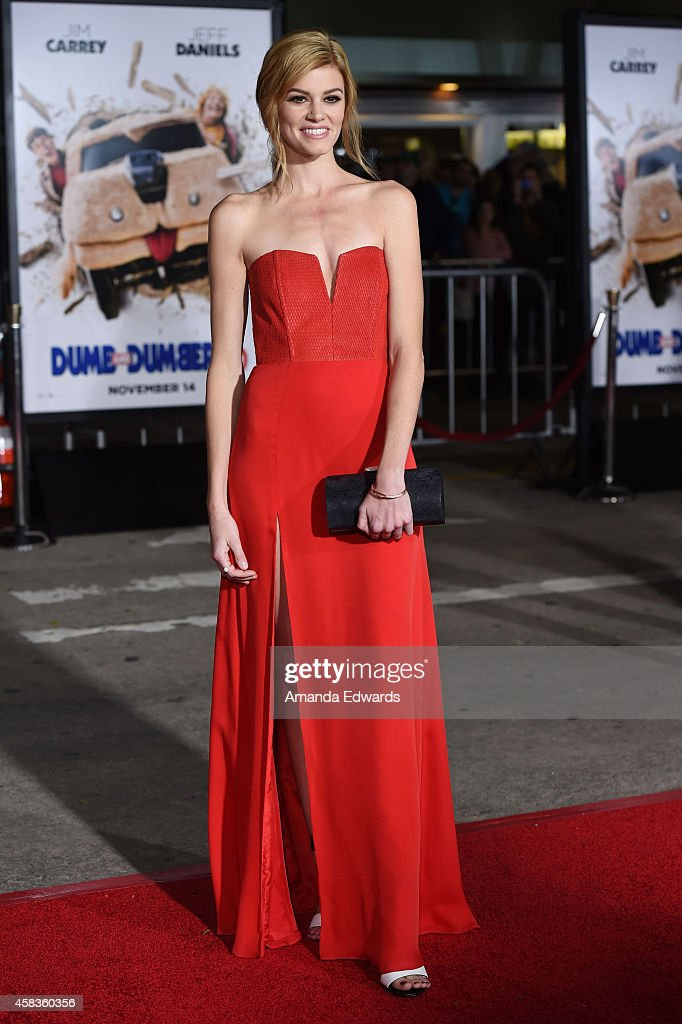 Actress <a gi-track='captionPersonalityLinkClicked' href=/galleries/search?phrase=Rachel+Melvin&family=editorial&specificpeople=594120 ng-click='$event.stopPropagation()'>Rachel Melvin</a> arrives at the world premiere of 'Dumb And Dumber To' at the Regency Village Theatre on November 3, 2014 in Westwood, California.