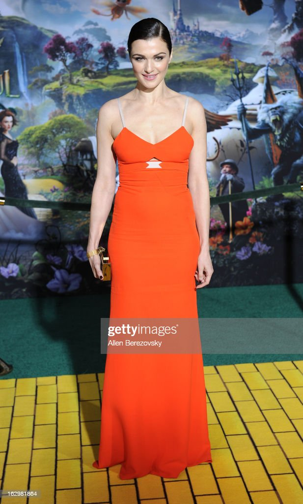 Actress <a gi-track='captionPersonalityLinkClicked' href=/galleries/search?phrase=Rachel+Weisz&family=editorial&specificpeople=204656 ng-click='$event.stopPropagation()'>Rachel Weisz</a> arrives at the Los Angeles Premiere of 'Oz The Great and Powerful' at the El Capitan Theatre on February 13, 2013 in Hollywood, California.