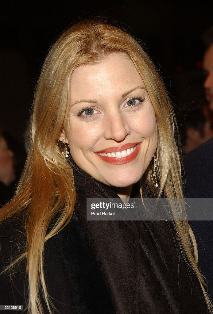 Actress Rachel York arrives for the premiere production of 'Brooklyn Boy' at the Biltmore Theatre on February 3, 2005 in New York City.