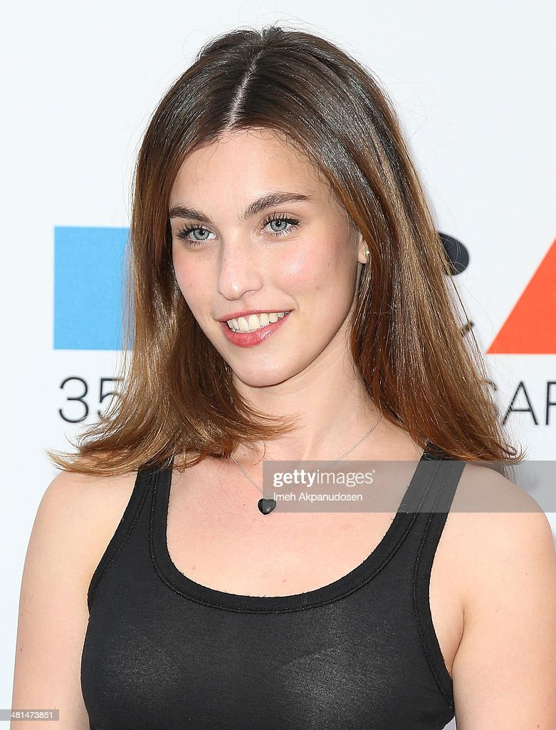 Actress <a gi-track='captionPersonalityLinkClicked' href=/galleries/search?phrase=Rainey+Qualley&family=editorial&specificpeople=3122592 ng-click='$event.stopPropagation()'>Rainey Qualley</a> attends The Museum Of Contemporary Art, Los Angeles, Celebrates 35th Anniversary Gala Presented By Louis Vuitton at The Geffen Contemporary at MOCA on March 29, 2014 in Los Angeles, California.