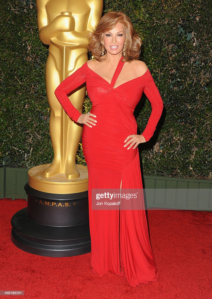 Actress <a gi-track='captionPersonalityLinkClicked' href=/galleries/search?phrase=Raquel+Welch&family=editorial&specificpeople=203311 ng-click='$event.stopPropagation()'>Raquel Welch</a> arrives at The Board Of Governors Of The Academy Of Motion Picture Arts And Sciences' Governor Awards at Dolby Theatre on November 16, 2013 in Hollywood, California.
