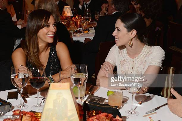 Actress Rashida Jones and Lauren Miller attend the 2013 Vanity Fair Oscar Party hosted by Graydon Carter at Sunset Tower on February 24 2013 in West...