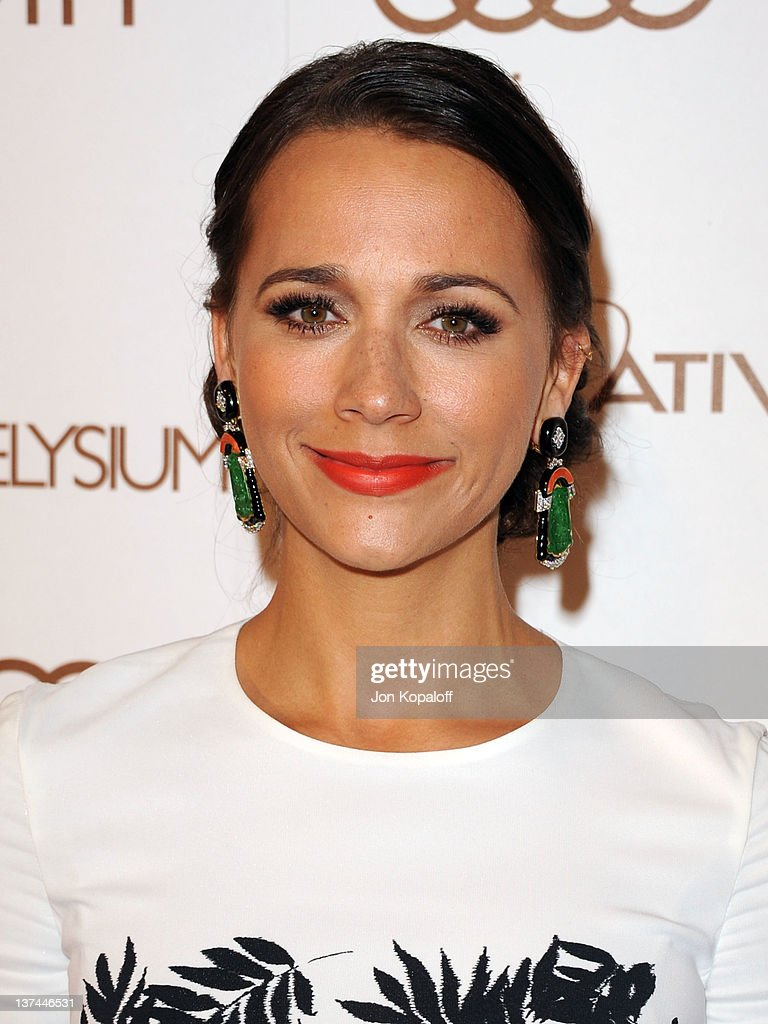 Actress <a gi-track='captionPersonalityLinkClicked' href=/galleries/search?phrase=Rashida+Jones&family=editorial&specificpeople=2133481 ng-click='$event.stopPropagation()'>Rashida Jones</a> arrives at the Art of Elysium's 5th Annual Heaven Gala held at Union Station on January 14, 2012 in Los Angeles, California.