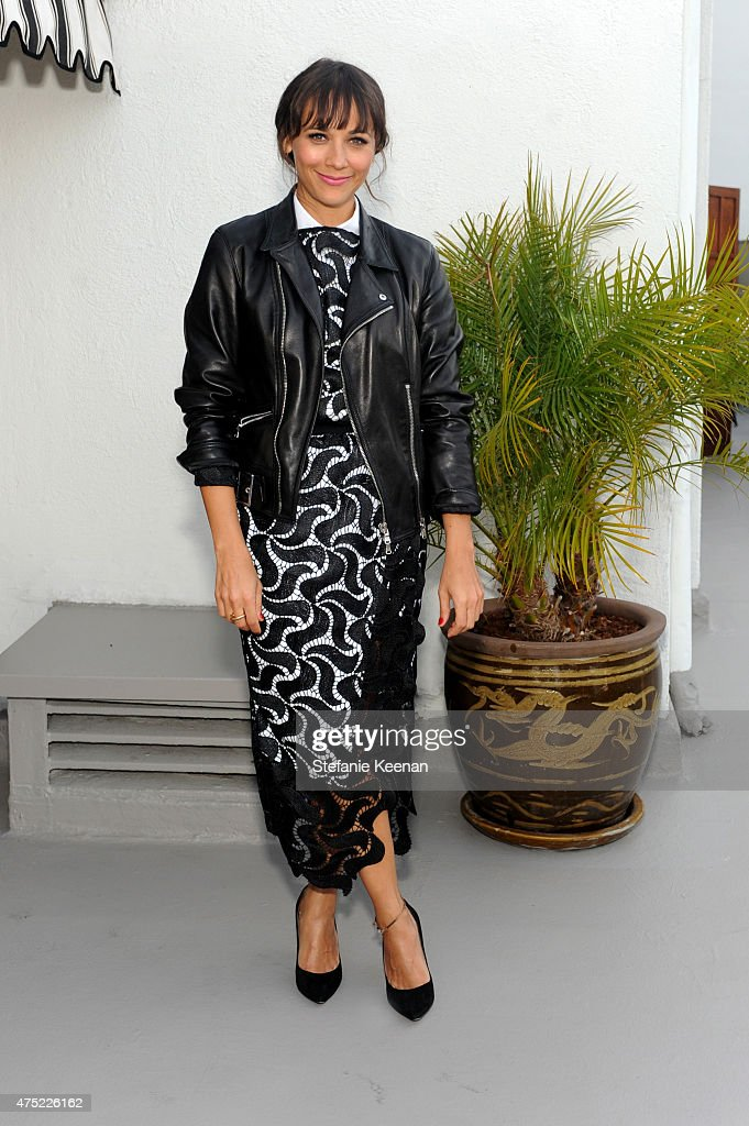 Actress Rashida Jones attends a dinner to celebrate Glamour's June Success Issue, hosted by Glamour Editor-in-Chief Cindi Leive & Maiyet Co-Founder Kristy Caylor at Chateau Marmont on May 29, 2015 in Los Angeles, California.