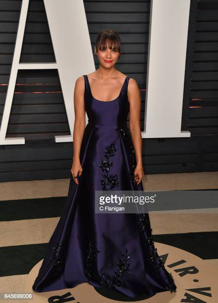 Actress Rashida Jones attends the 2017 Vanity Fair Oscar Party hosted by Graydon Carter at Wallis Annenberg Center for the Performing Arts on...