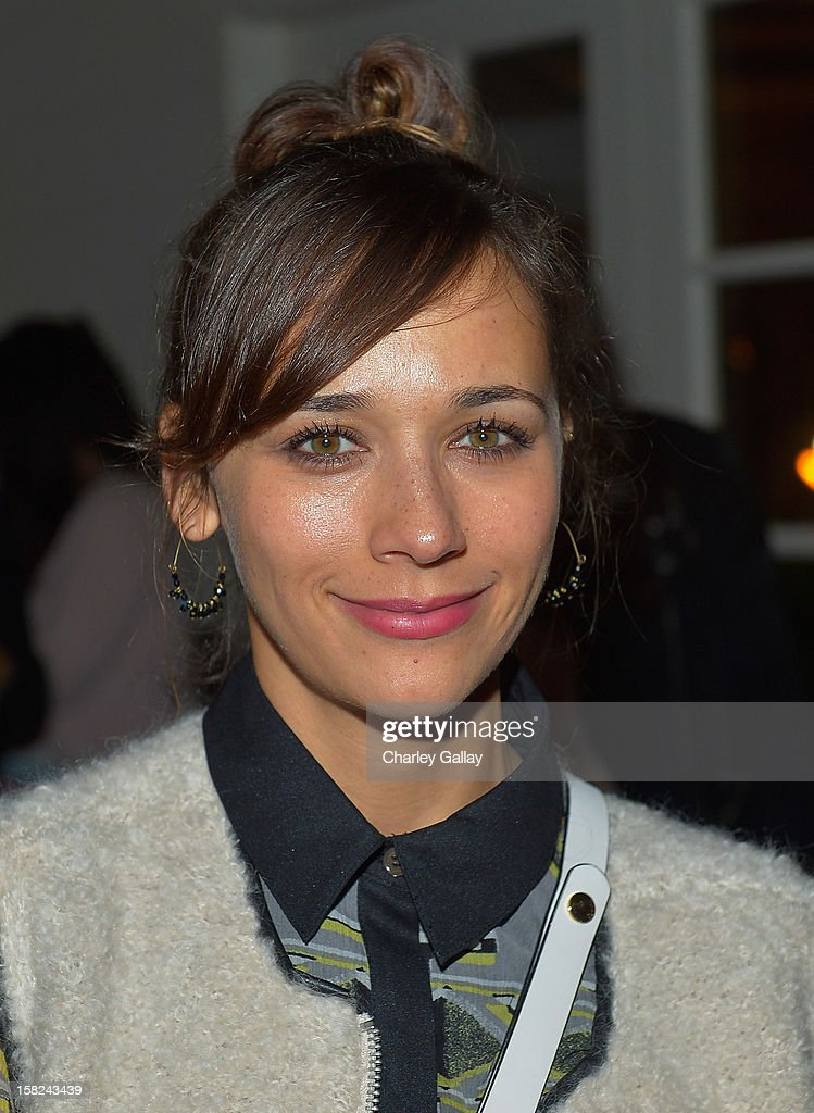 Actress Rashida Jones attends the I Heart Ronson Holiday Party at The Bungalow on December 11, 2012 in Santa Monica, California.