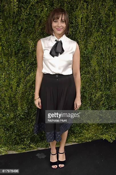 Actress Rashida Jones attends Through Her Lens The Tribeca CHANEL Women's Filmmaker Program Luncheon at Locanda Verde on October 25 2016 in New York...
