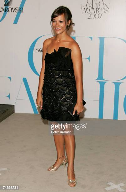 Actress Rashida Jones wearing Max Azria Atelier attends the 25th Anniversary of the Annual CFDA Fashion Awards held at the New York Public Library on...