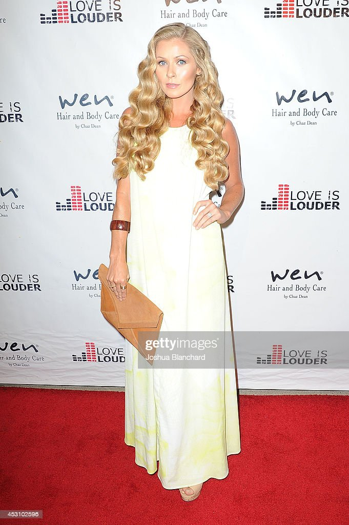 Actress Rebecca Burchett arrives at Chaz Dean's Summer Party benefiting Love Is Louder on August 2, 2014 in Los Angeles, California.
