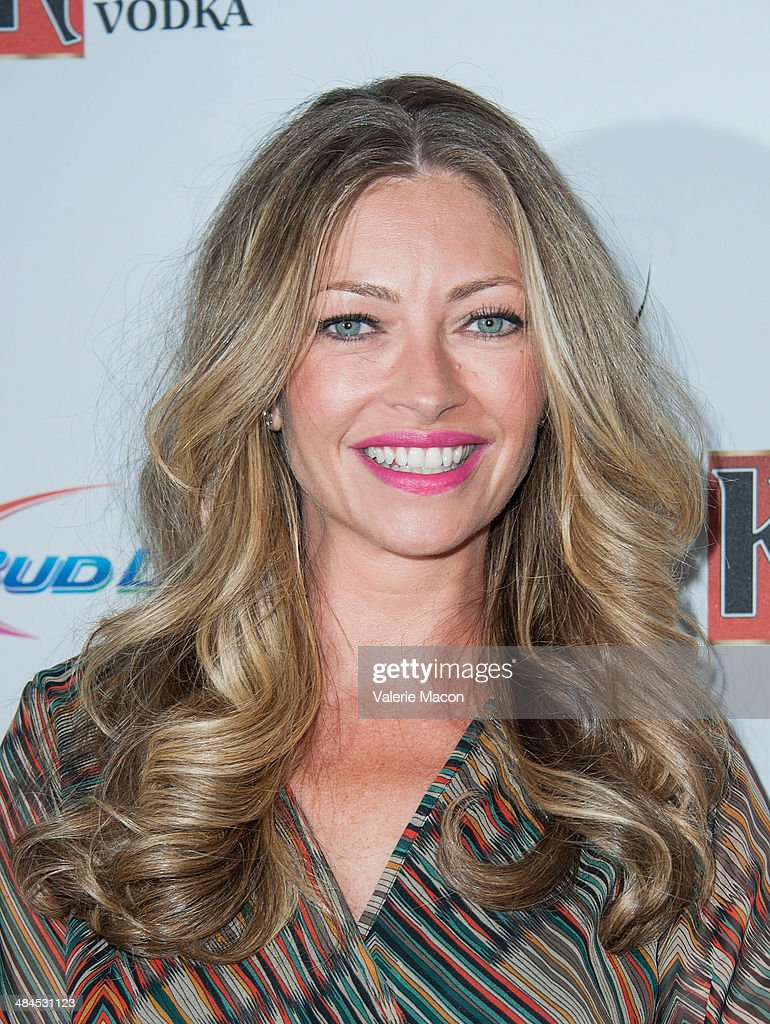 Actress <a gi-track='captionPersonalityLinkClicked' href=/galleries/search?phrase=Rebecca+Gayheart&family=editorial&specificpeople=204784 ng-click='$event.stopPropagation()'>Rebecca Gayheart</a> arrives at the 25th Annual GLAAD Media Awards at The Beverly Hilton Hotel on April 12, 2014 in Beverly Hills, California.