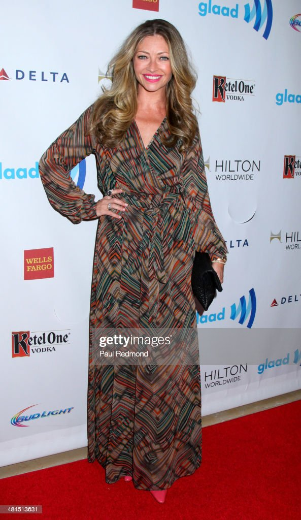 Actress <a gi-track='captionPersonalityLinkClicked' href=/galleries/search?phrase=Rebecca+Gayheart&family=editorial&specificpeople=204784 ng-click='$event.stopPropagation()'>Rebecca Gayheart</a> arriving at the 25th Annual GLAAD Media Awards at The Beverly Hilton Hotel on April 12, 2014 in Beverly Hills, California.