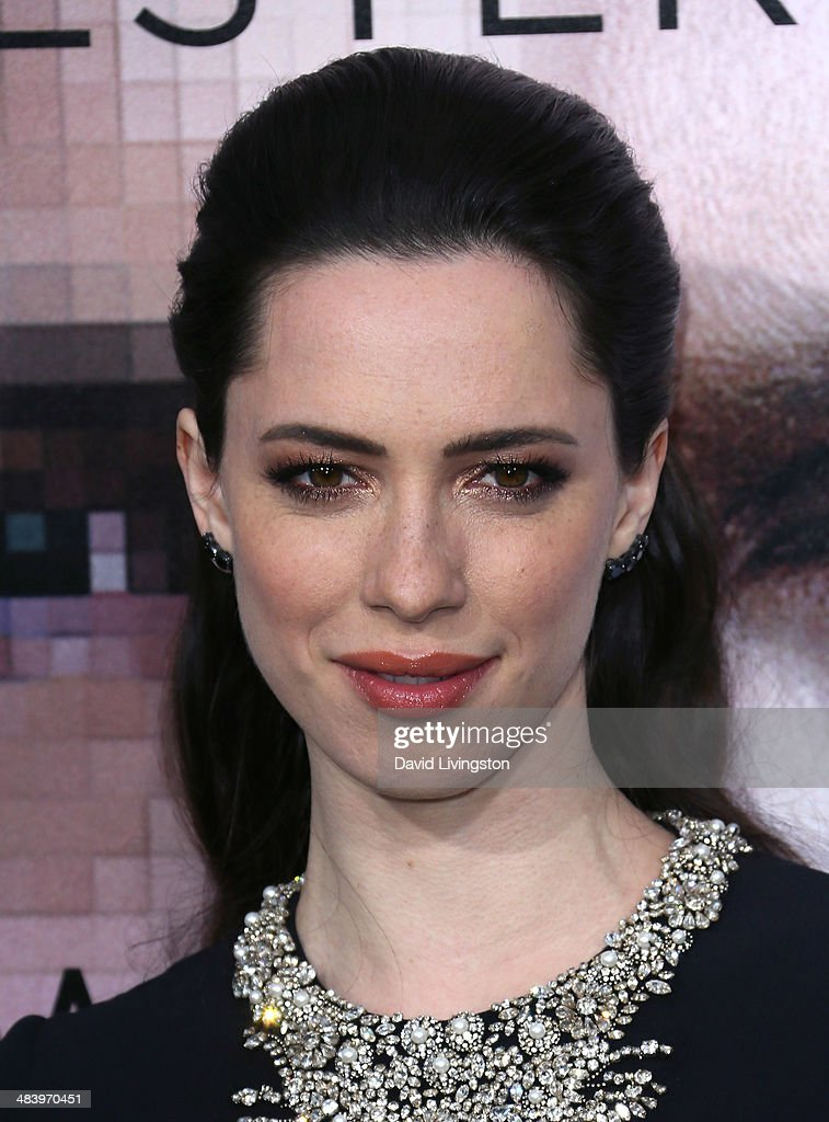 Actress <a gi-track='captionPersonalityLinkClicked' href=/galleries/search?phrase=Rebecca+Hall&family=editorial&specificpeople=778176 ng-click='$event.stopPropagation()'>Rebecca Hall</a> attends the premiere of Warner Bros. Pictures and Alcon Entertainment's 'Transcendence' at the Regency Village Theatre on April 10, 2014 in Westwood, California.