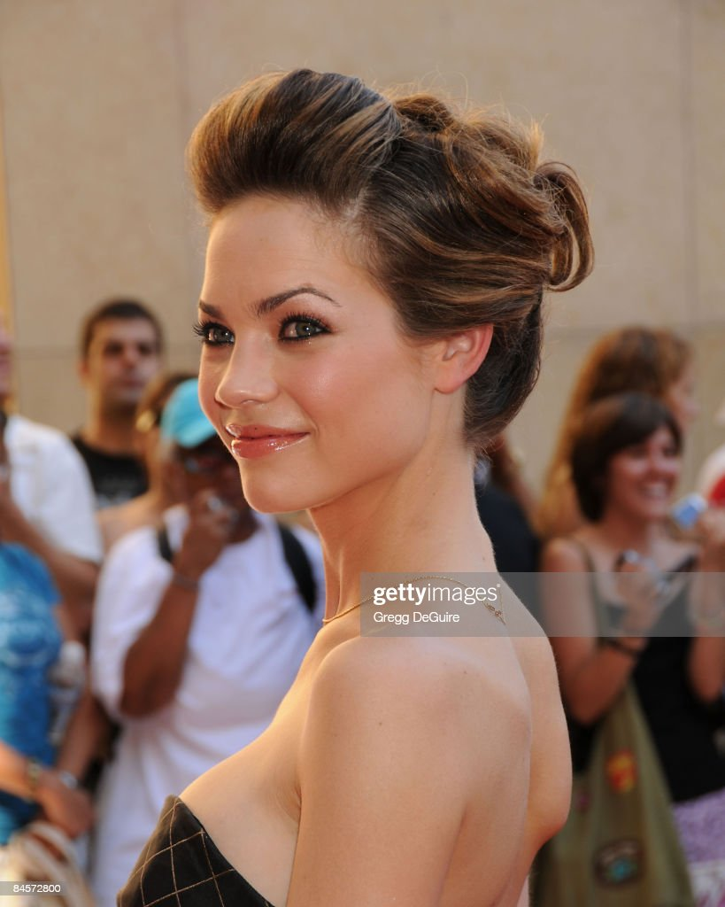 Actress Rebecca Herbst arrives at the 35th Annual Daytime Emmy Awards at the Kodak Theatre on June 20, 2008 in Los Angeles, California.
