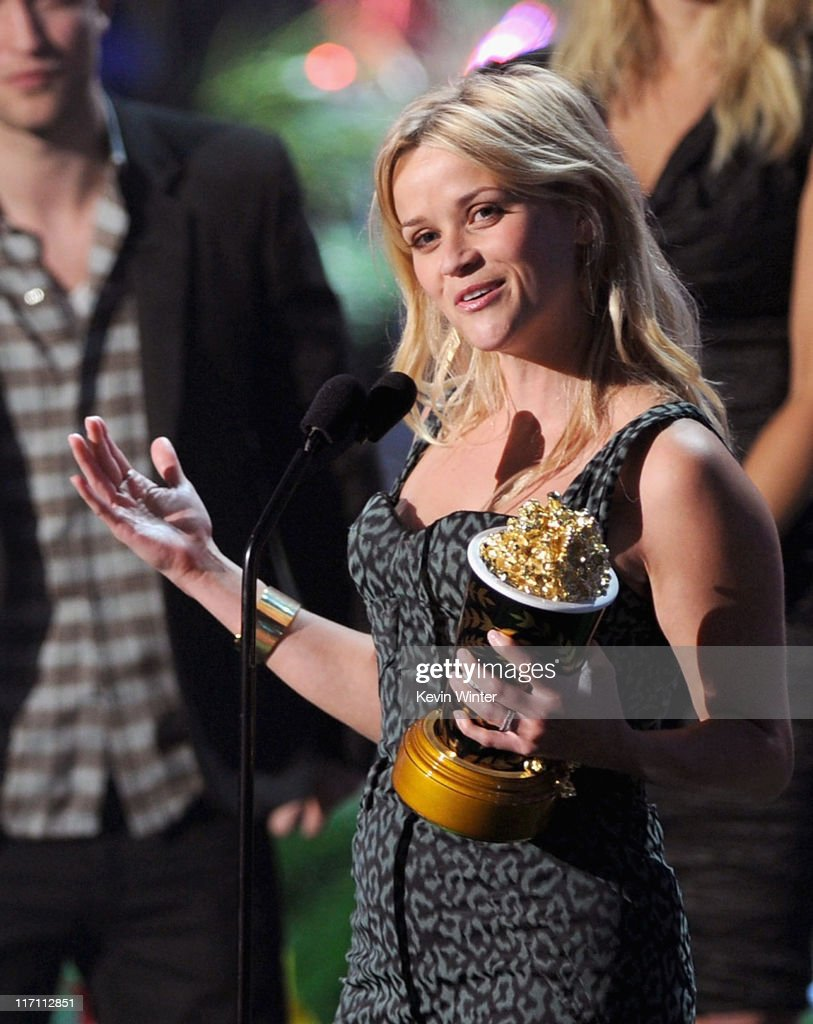 Actress <a gi-track='captionPersonalityLinkClicked' href=/galleries/search?phrase=Reese+Witherspoon&family=editorial&specificpeople=201577 ng-click='$event.stopPropagation()'>Reese Witherspoon</a> accepts the MTV Generation Award onstage during the 2011 MTV Movie Awards at Universal Studios' Gibson Amphitheatre on June 5, 2011 in Universal City, California.