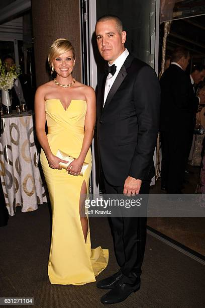 Actress Reese Witherspoon and Jim Toth attend HBO's Official Golden Globe Awards After Party at Circa 55 Restaurant on January 8 2017 in Beverly...