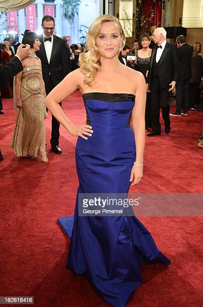 Actress Reese Witherspoon arrive at the Oscars at Hollywood Highland Center on February 24 2013 in Hollywood California at Hollywood Highland Center...