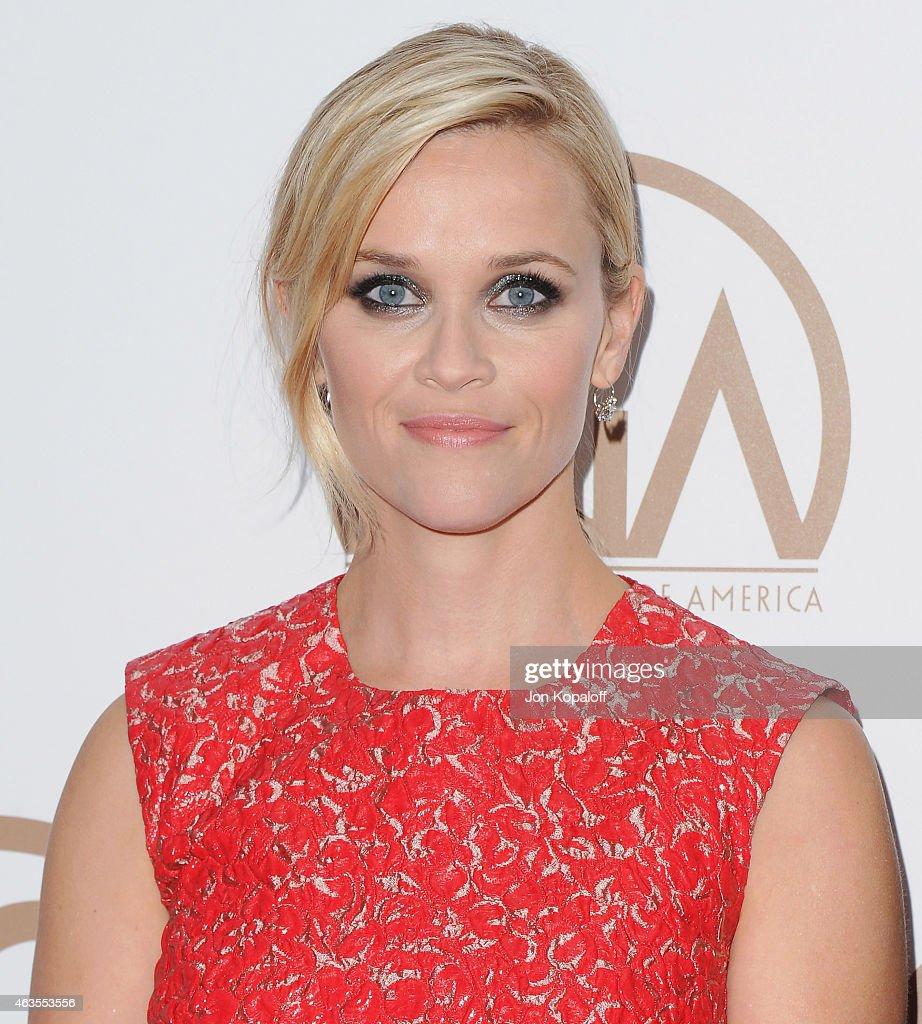 Actress Reese Witherspoon arrives at the 26th Annual PGA Awards at the Hyatt Regency Century Plaza on January 24, 2015 in Los Angeles, California.