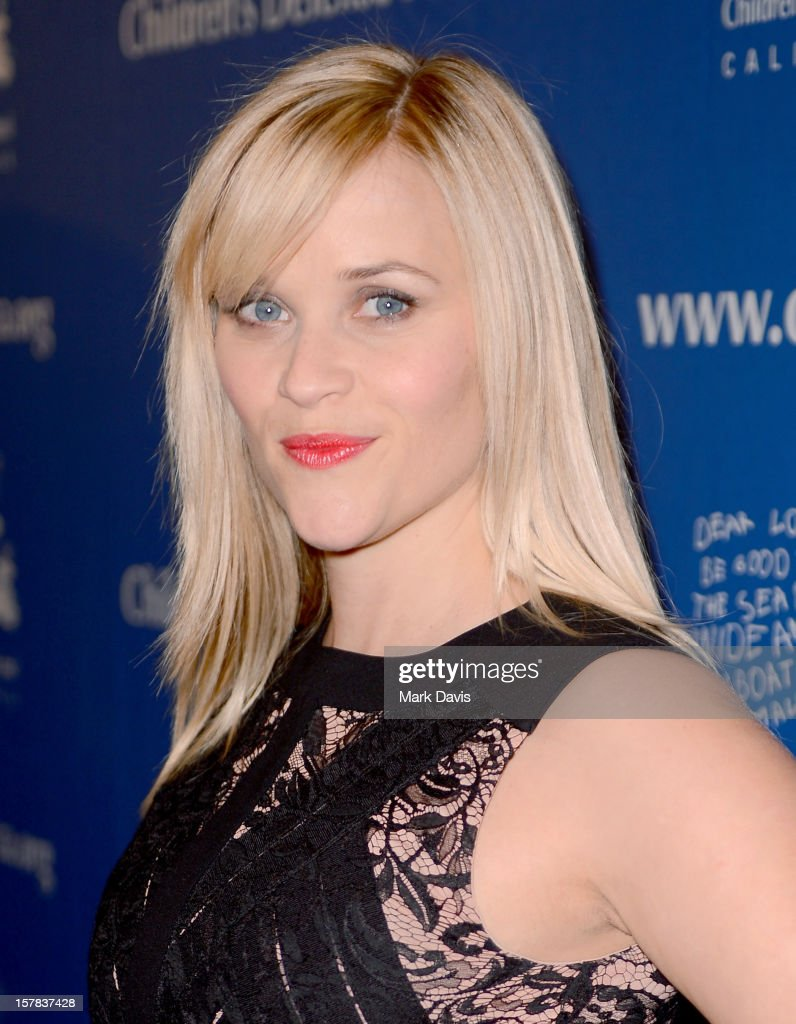 Actress <a gi-track='captionPersonalityLinkClicked' href=/galleries/search?phrase=Reese+Witherspoon&family=editorial&specificpeople=201577 ng-click='$event.stopPropagation()'>Reese Witherspoon</a> arrives at the Children's Defense Fund of California 22nd Annual Beat The Odds Awards at Beverly Hills Hotel on December 6, 2012 in Beverly Hills, California.