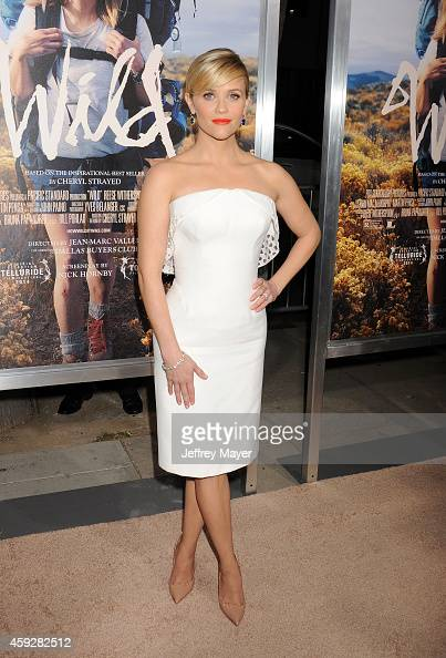 Actress Reese Witherspoon arrives at the Los Angeles premiere of 'Wild' at AMPAS Samuel Goldwyn Theater on November 19 2014 in Beverly Hills...