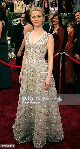Actress Reese Witherspoon arrives to the 78th Annual Academy Awards at the Kodak Theatre on March 5 2006 in Hollywood California