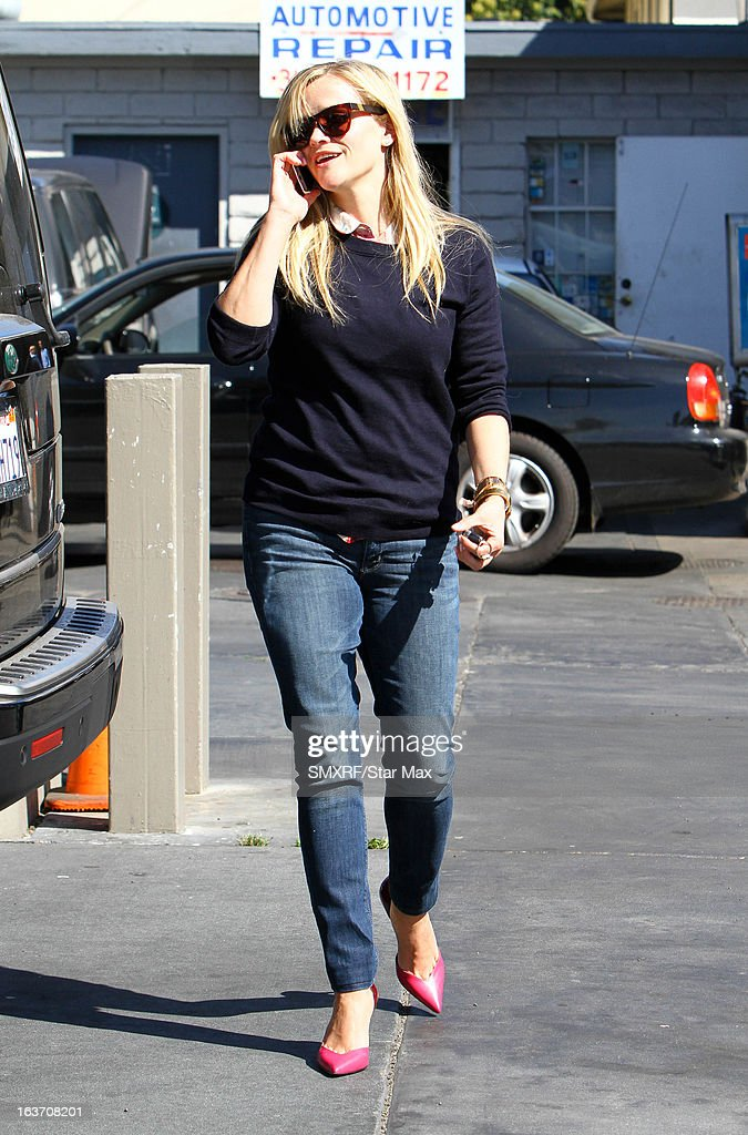 Actress <a gi-track='captionPersonalityLinkClicked' href=/galleries/search?phrase=Reese+Witherspoon&family=editorial&specificpeople=201577 ng-click='$event.stopPropagation()'>Reese Witherspoon</a> as seen on March 14, 2013 in Los Angeles, California.
