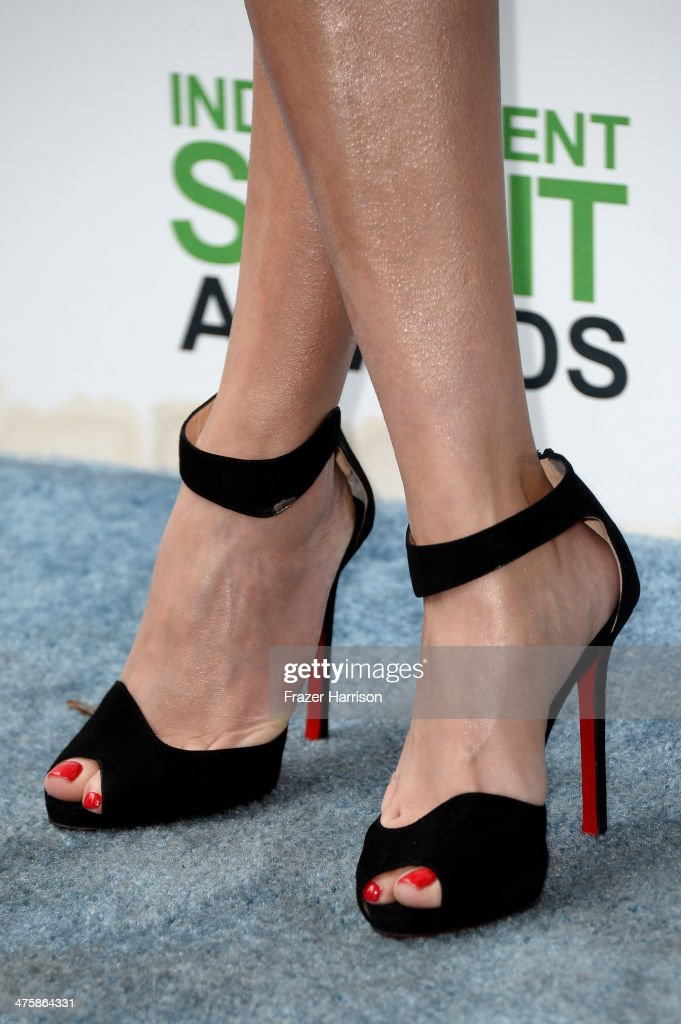 Actress Reese Witherspoon (fashion detail) attends the 2014 Film Independent Spirit Awards at Santa Monica Beach on March 1, 2014 in Santa Monica, California.
