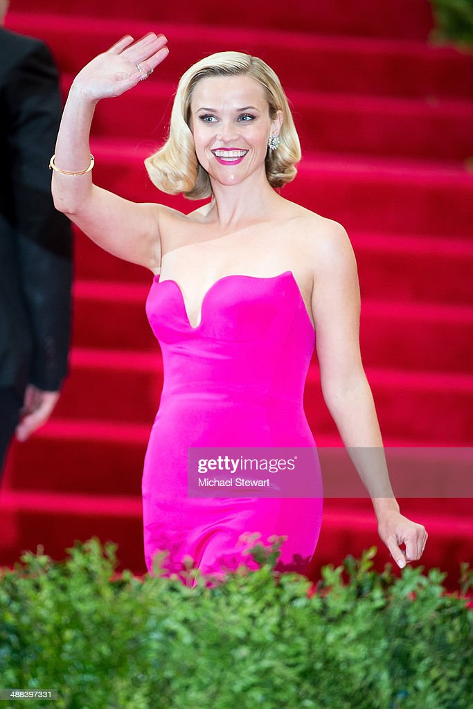 Actress <a gi-track='captionPersonalityLinkClicked' href=/galleries/search?phrase=Reese+Witherspoon&family=editorial&specificpeople=201577 ng-click='$event.stopPropagation()'>Reese Witherspoon</a> attends the 'Charles James: Beyond Fashion' Costume Institute Gala at the Metropolitan Museum of Art on May 5, 2014 in New York City.