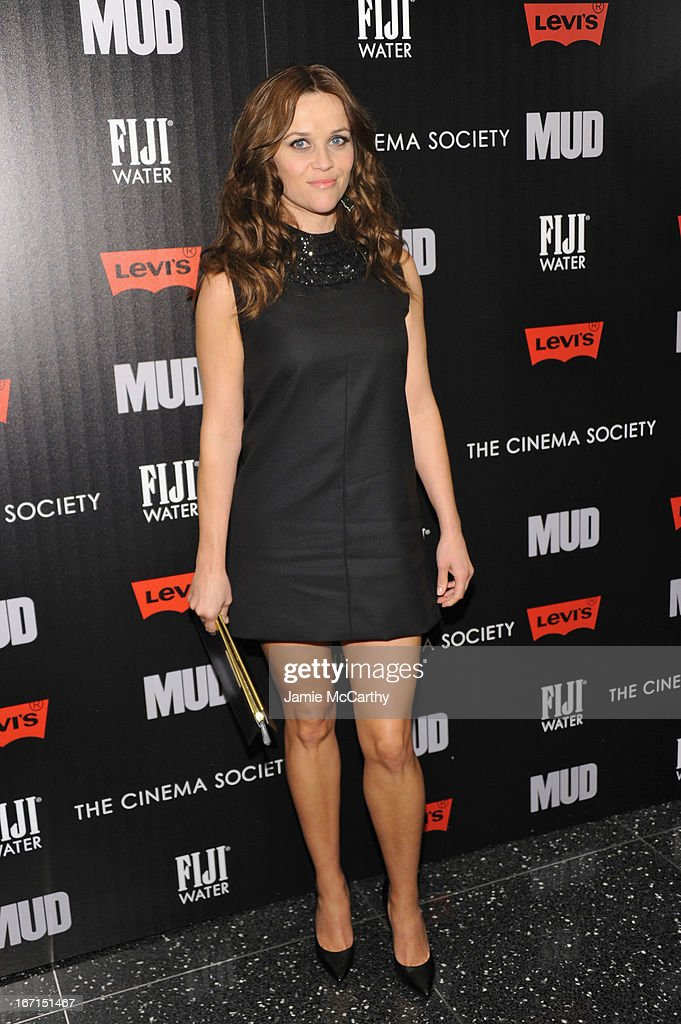Actress <a gi-track='captionPersonalityLinkClicked' href=/galleries/search?phrase=Reese+Witherspoon&family=editorial&specificpeople=201577 ng-click='$event.stopPropagation()'>Reese Witherspoon</a> attends the Cinema Society screening of 'Mud' at The Museum of Modern Art on April 21, 2013 in New York City.