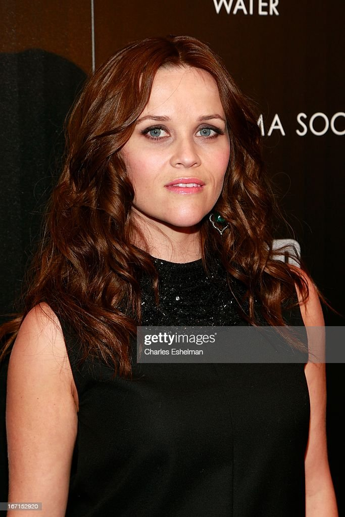 Actress <a gi-track='captionPersonalityLinkClicked' href=/galleries/search?phrase=Reese+Witherspoon&family=editorial&specificpeople=201577 ng-click='$event.stopPropagation()'>Reese Witherspoon</a> attends The Cinema Society with FIJI Water & Levi's screening of 'Mud' at The Museum of Modern Art on April 21, 2013 in New York City.