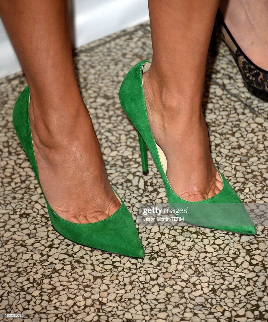 Actress <a gi-track='captionPersonalityLinkClicked' href=/galleries/search?phrase=Reese+Witherspoon&family=editorial&specificpeople=201577 ng-click='$event.stopPropagation()'>Reese Witherspoon</a> (shoe detail) attends 'The Devil's Knot' premiere during the 2013 Toronto International Film Festival at The Elgin on September 8, 2013 in Toronto, Canada.