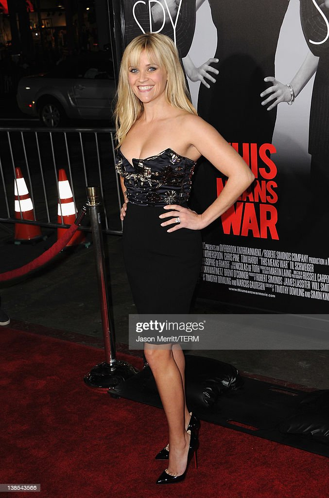 Actress <a gi-track='captionPersonalityLinkClicked' href=/galleries/search?phrase=Reese+Witherspoon&family=editorial&specificpeople=201577 ng-click='$event.stopPropagation()'>Reese Witherspoon</a> attends the premiere of Twentieth Century Fox's 'This Means War' held at Grauman's Chinese Theatre on February 8, 2012 in Hollywood, California.