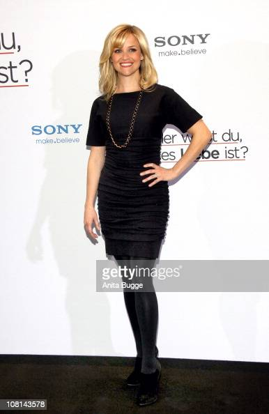 Actress Reese Witherspoon attends the 'Woher weisst du dass es Liebe ist' Photocall at Hotel De Rome on January 19 2011 in Berlin Germany