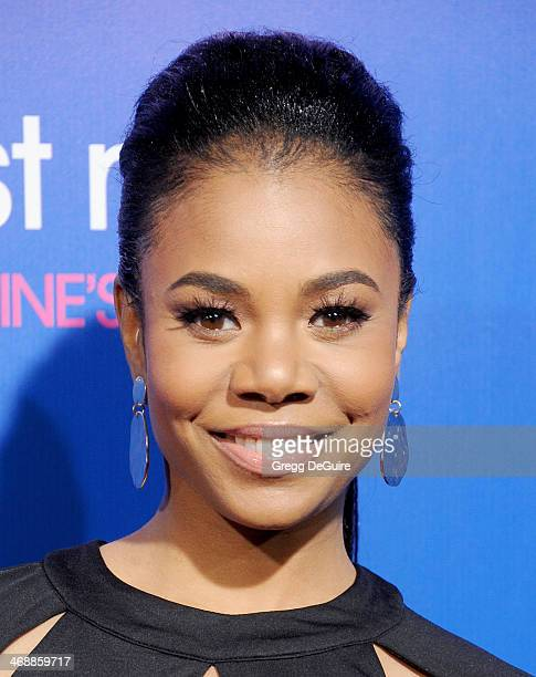 Actress Regina Hall arrives at The Pan African Film Arts Festival premiere of 'About Last Night' at ArcLight Cinemas Cinerama Dome on February 11...