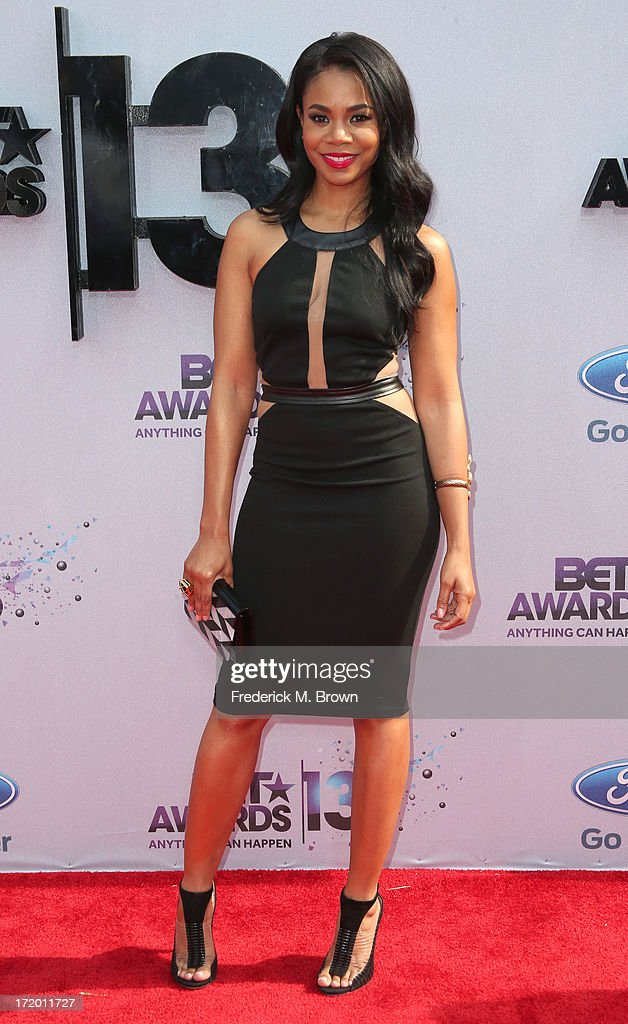 Actress <a gi-track='captionPersonalityLinkClicked' href=/galleries/search?phrase=Regina+Hall&family=editorial&specificpeople=4509171 ng-click='$event.stopPropagation()'>Regina Hall</a> attends the 2013 BET Awards at Nokia Theatre L.A. Live on June 30, 2013 in Los Angeles, California.