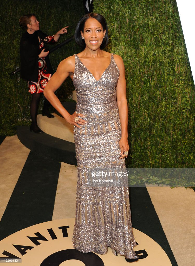 Actress Regina King attends the 2013 Vanity Fair Oscar party at Sunset Tower on February 24, 2013 in West Hollywood, California.