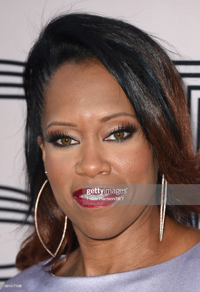 Actress <a gi-track='captionPersonalityLinkClicked' href=/galleries/search?phrase=Regina+King&family=editorial&specificpeople=202510 ng-click='$event.stopPropagation()'>Regina King</a> attends the BET AWARDS '14 Debra Lee's Pre-Dinner held at Milk Studios on June 28, 2014 in Los Angeles, California.
