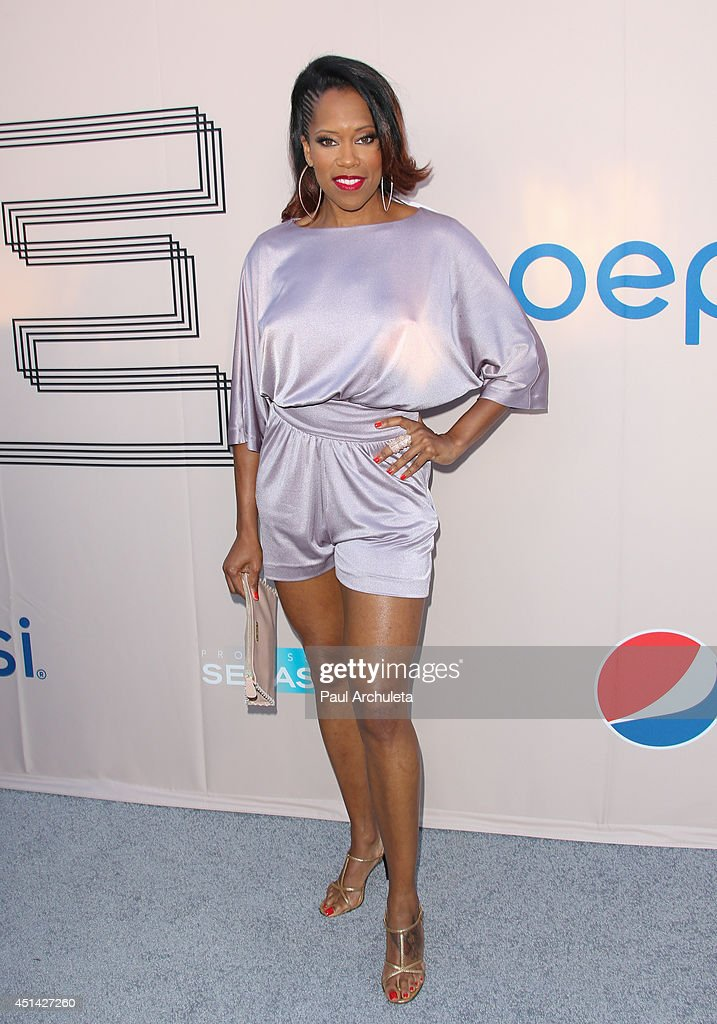 Actress <a gi-track='captionPersonalityLinkClicked' href=/galleries/search?phrase=Regina+King&family=editorial&specificpeople=202510 ng-click='$event.stopPropagation()'>Regina King</a> attends the Pre 'BET Awards' Dinner at Milk Studios on June 28, 2014 in Los Angeles, California.