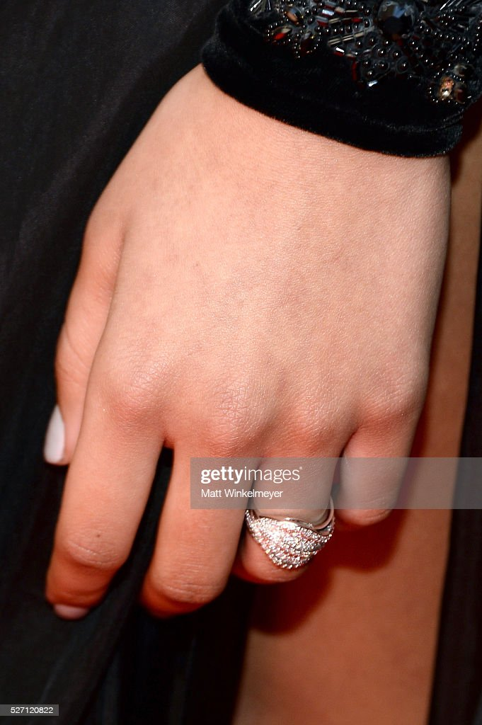 Actress Reign A'Rei Edwards (jewelry detail) arrives at the 43rd Annual Daytime Emmy Awards at the Westin Bonaventure Hotel on May 1, 2016 in Los Angeles, California.