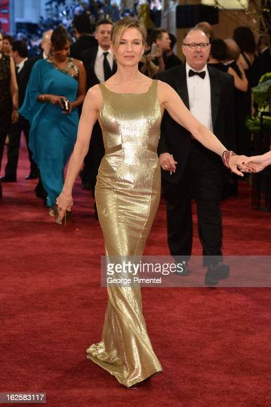 Actress Renée Zellweger arrives at the Oscars at Hollywood Highland Center on February 24 2013 in Hollywood California